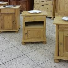 Kleinmöbel (Tische und Schränkchen)